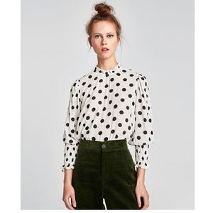 a7700966c8dd2 Zara Tops - NWT Zara Ruffled Polka Dot Blouse
